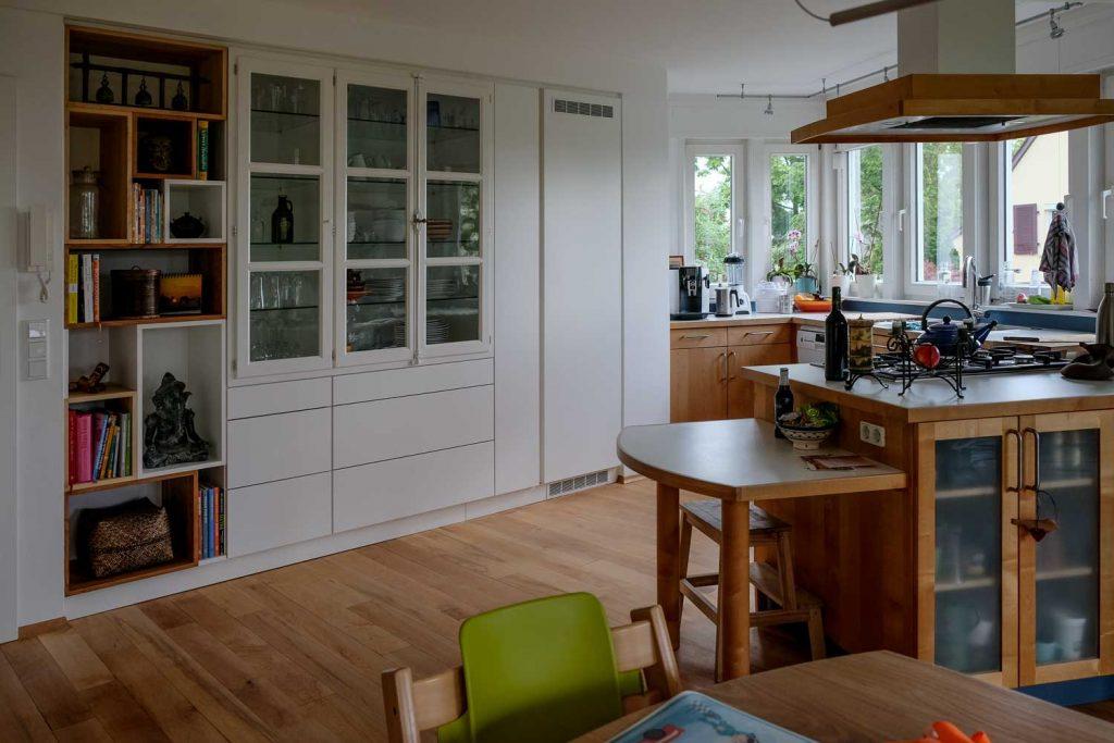 Einbauschrank und Küche