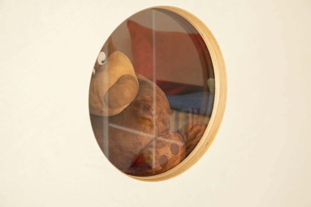 Spielebene Detail Fenster